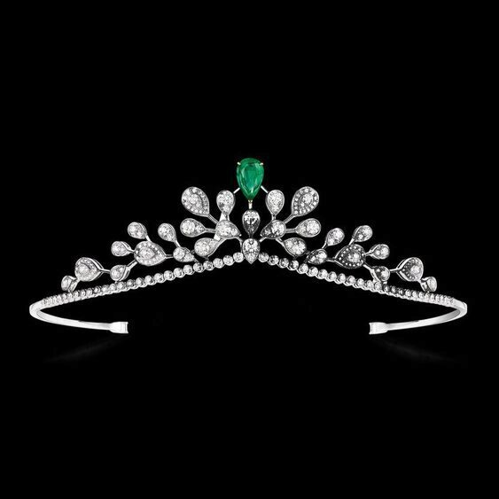 Tiara from the Joséphine Aigrette Impériale collection